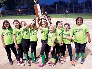 Your 2016 Somerville Youth Softball Organization (SYSO) Girls Fastpitch 10U Champions, the Somerville Hurricanes.